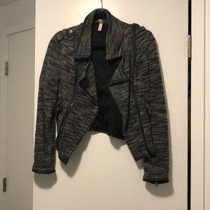 🚨MOVING SALE🚨 Xhilaration fabric Moto jacket